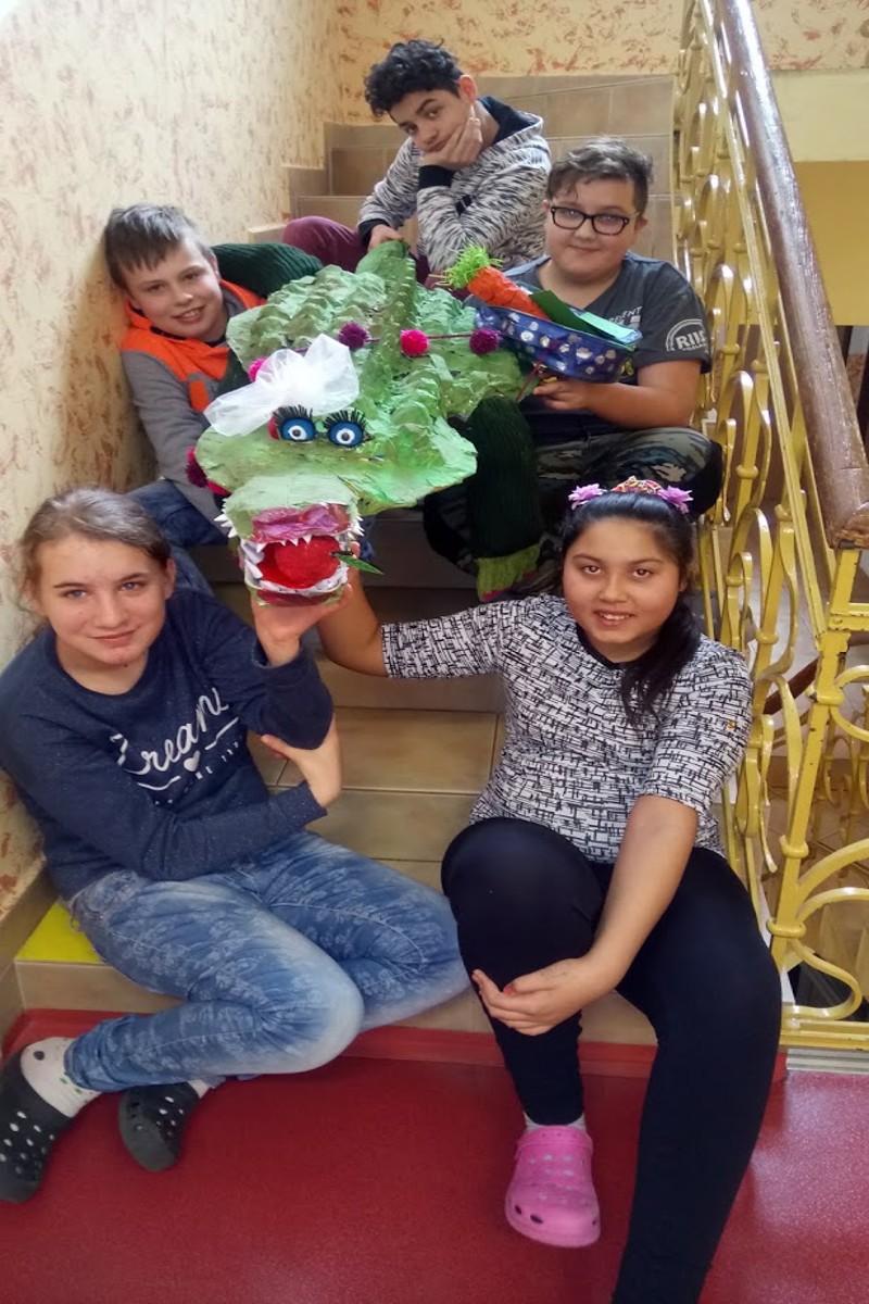 """,,Hledá se paní Krokodýlková"""" – úspěch ve výtvarné soutěži žáků V. třídy – MK FRUIT"""